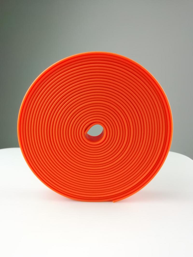 红色PVC包胶织带